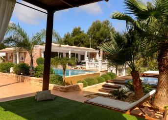 6 Bedrooms, Villa, For Rent, 7 Bathrooms, Listing ID undefined, Cala Llonga, Ibiza,